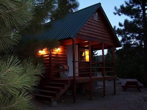 Come stay in our cabin-**Book early special*