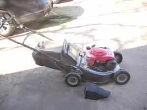 Commercial Honda Mower - $600 (Jenks)
