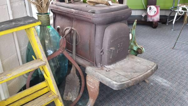 Container 27 Antique Wood Burning Stove For Sale In