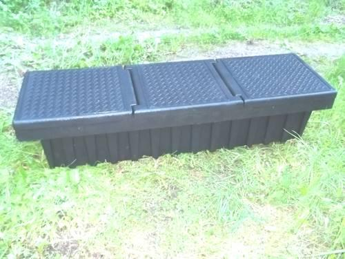 contico 71in black plastic truck tool box black
