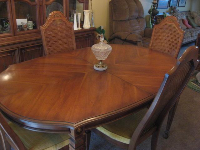 Conventional dining area table dinnerware and knick knack