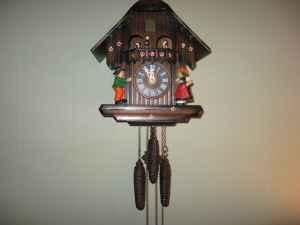 Coo Coo Clock One Day Grafton Wi 53024 For Sale In