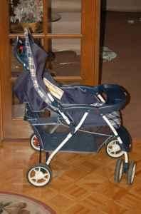 Cosco Juvenile Stroller in Good Condition! - $15 (Orem)