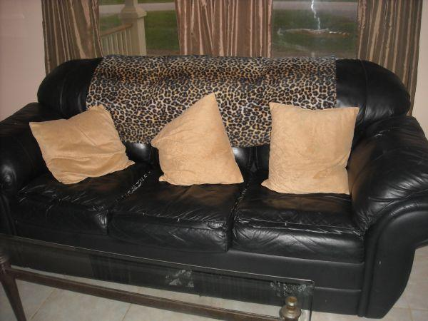 Couch Black Leather Hide A Bed Baldwin Co Stapleton For Sale In Mobile Alabama Classified