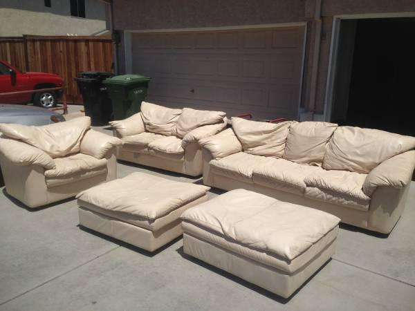 Prime Couch Luv Seat Large Chair Two Ottomans For Sale In Spiritservingveterans Wood Chair Design Ideas Spiritservingveteransorg