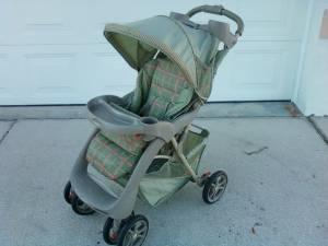 CRACO STROLLER - $20 (NORTH PORT)