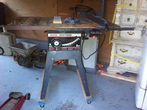 Craftsman 10 3HP table saw, floor model