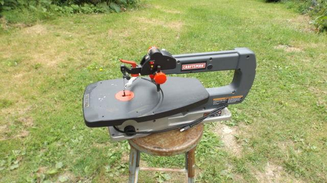 CRAFTSMAN 18 VARIBLE SPEED SCROLL SAW