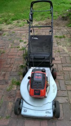 Craftsman 22 Lawn Mower With Bag