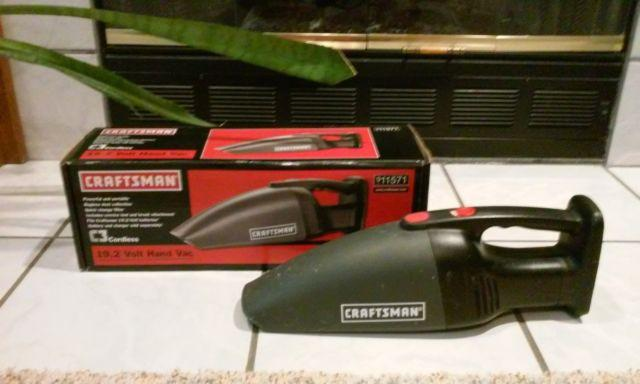 Craftsman Cordless 19.2 Volt Hand Vacuum