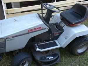 CRAFTSMAN GARDEN TRACTOR TUNED BY PROFESSIONAL - $750