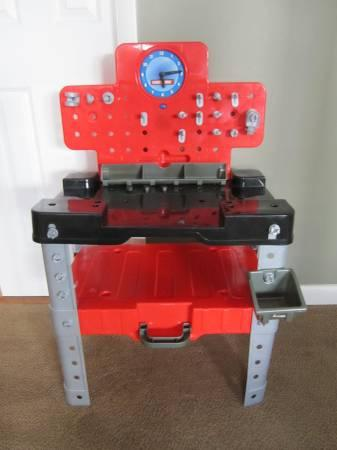 Craftsman Kid 39 S Tool Bench For Sale In Hamilton New Jersey Classified