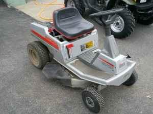 Craftsman Riding Lawn Mower - $275 (Motley)