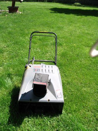Craftsman Snowblower - $100 Clarkston