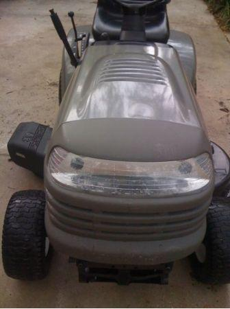 Sears Complaint - Craftsman LT1000 riding mower - Riding mower and