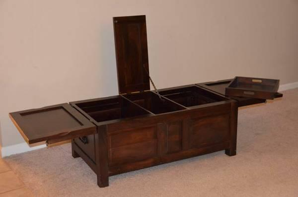 Crate U0026 Barrel Hunter Trunk/Coffee Table   $250