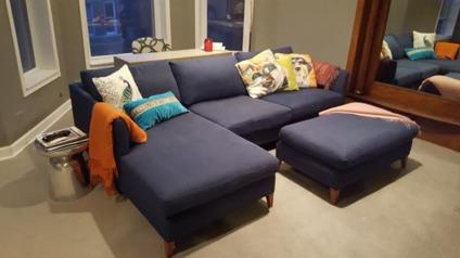 Crate & Barrel Sectional w/ ottoman