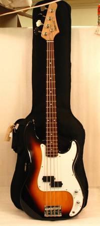 Crate Electra Sunburst Bass Guitar with Backpack Gig Bag - $150