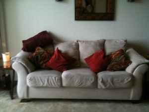 Cream Couch & Lounger - $250 (Broomfield)