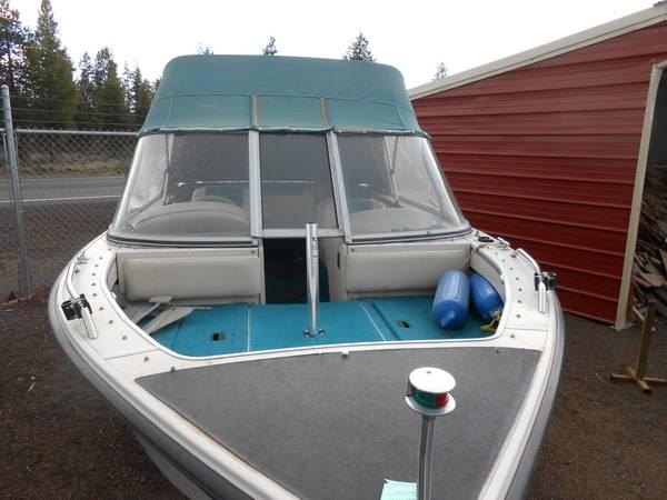 CRESTLINER ALL WELDED BOAT - $6500