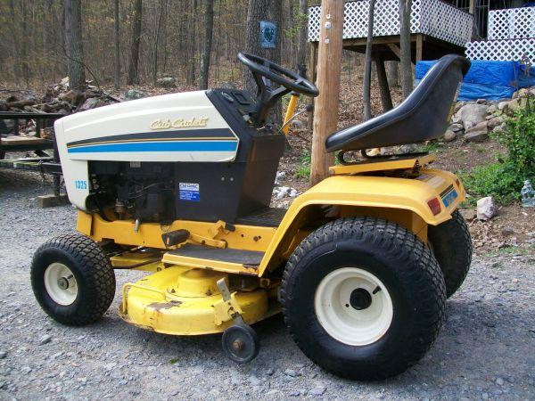 Cub Cadet 1325 - $750 (Great Cacapon WV)