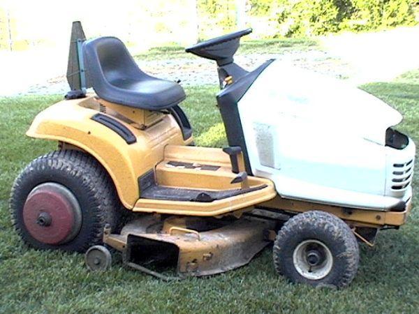 cub cadet 2155 mower - $450 (warsaw)