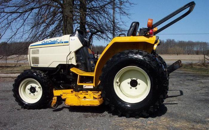 Cub Cadet 7305 30hp Diesel Tractor W Mower Cardington Oh For Sale In Columbus Ohio