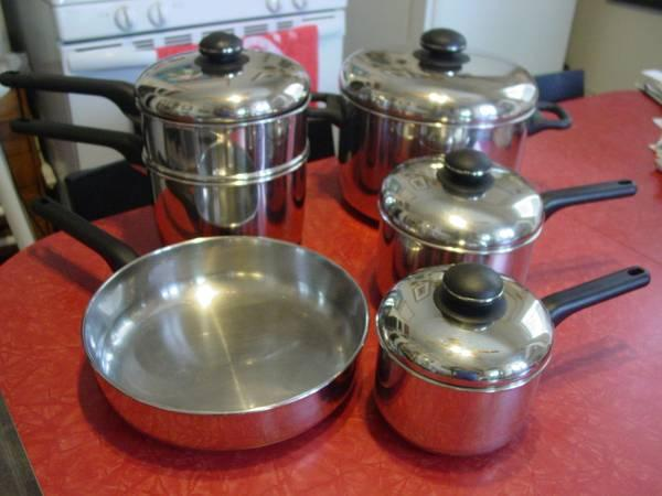Cuisine Cookware Classic 200 Series Set Great Condition
