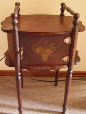 Cushman Antique Humidor Smoker S Stand With Copper Lined
