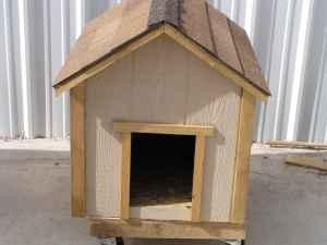 CUSTOM BUILT DOG HOUSE FOR SALE - $125 (ALB/EDGEWOOD)