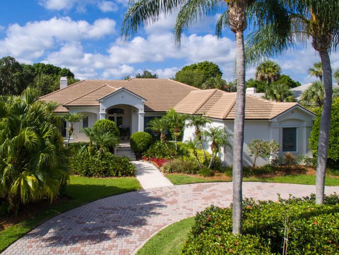 custom lakefront home for sale in vero beach florida