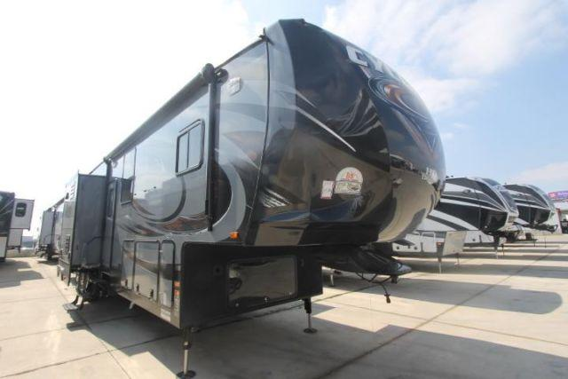 cyclone 4100 king toy hauler 2014 travel trailer in. Black Bedroom Furniture Sets. Home Design Ideas