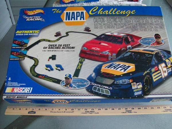 Dale Jr.  Waltrip NASCAR NAPA HO Slot Car Set NEW - $80