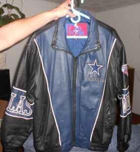 buy online 9f366 7d099 Dallas Cowboy Leather Coat - $150 (Allison)