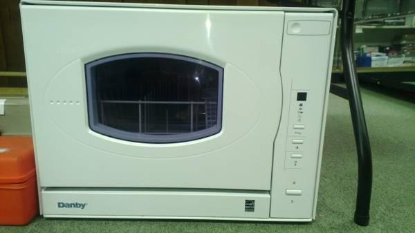 DANBY COUNTERTOP DISHWASHER - for Sale in Wilmington, Ohio Classified ...