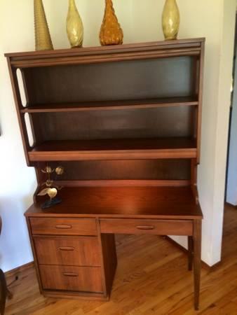 Danish Mid Century Modern Bassett Desk Hutch   $400