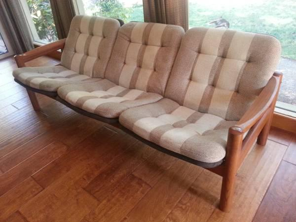 Awesome Danish Teak Mid Century Modern Sofa For Sale In Grants Caraccident5 Cool Chair Designs And Ideas Caraccident5Info