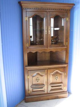 Dark Maple Corner Cabinet For Sale In Fort Wayne Indiana