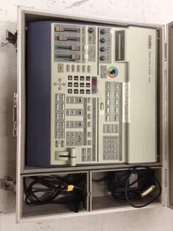 Data Video Digital Video Switcher SE-800 - $1000