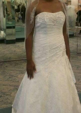 Sale In Nashville Tennessee Davids Bridal Vintage Lace Wedding Dress