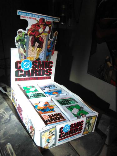 DC Comics Trading Cards-original display with cards