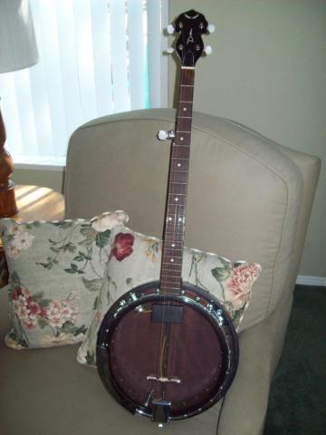 DEAN BACKWOODS 2 ELECTRIC BANJO WITH GIGBAG  EXTRAS