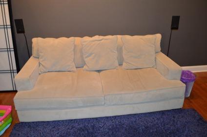 Deep Comfortable Sofa For In Philadelphia Pennsylvania