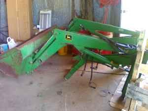Deere Loader For Compact Utility Tractors Fennimore Americanlisted on John Deere 1050 Tractor For Sale