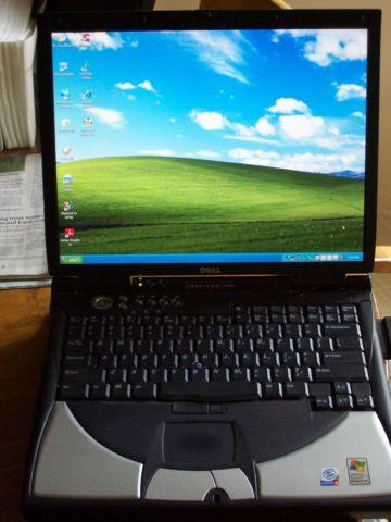 Dell Inspiron 8200 Laptop WinXP 24 5GHz Wififor