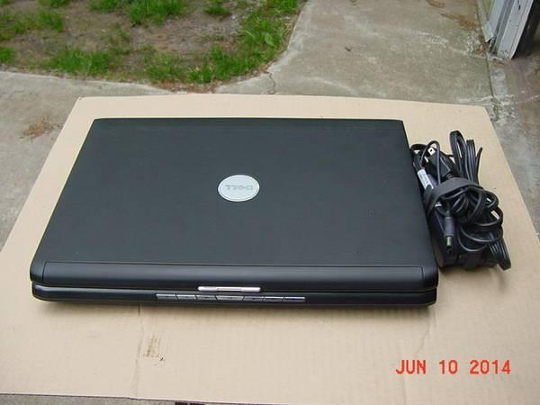 Dell Vostro 1700 Laptop Windows 7 Home Premium,NICE -