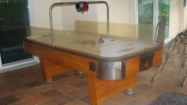 Deluxe Full Size Air Hockey Table For Sale In Auburndale Florida