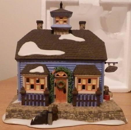 Dept. 56 Heritage Village Collection/Dickens Village