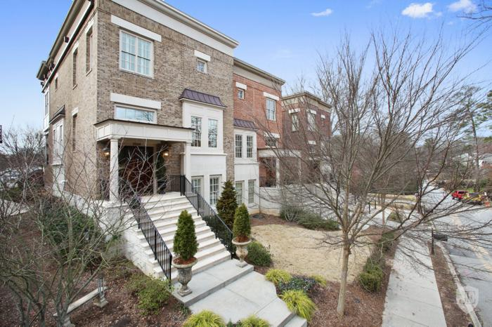 Designer Brownstone in the Heart of Brookhaven