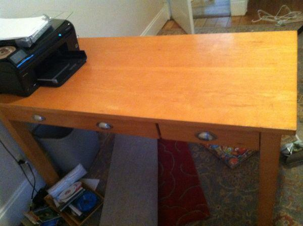 Desk Modern Design By Ashley Furniture La Crosse For Sale In Lacrosse Wisconsin